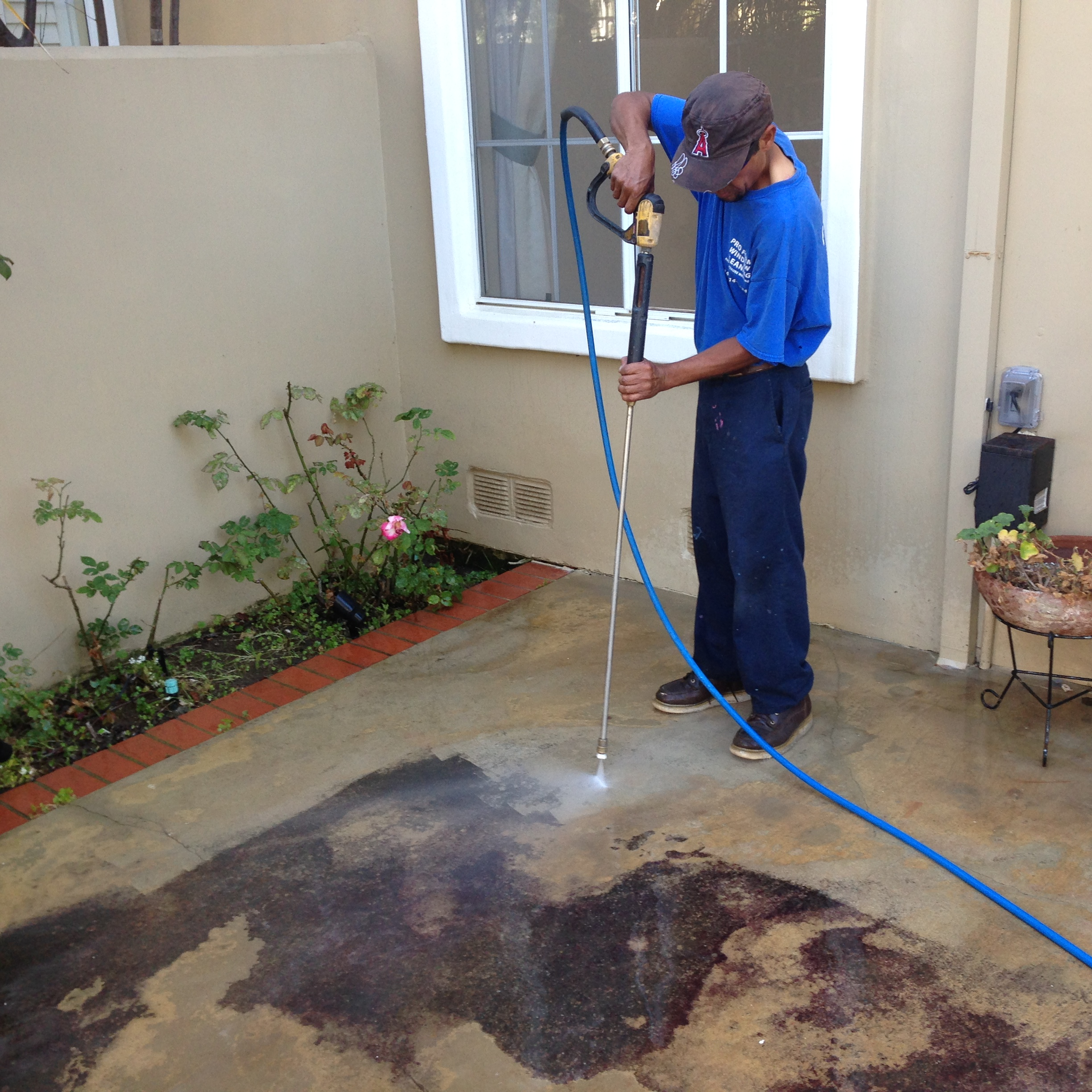 Exterior house wash window cleaning services huntington beach costa mesa ca - Exterior home cleaning ...